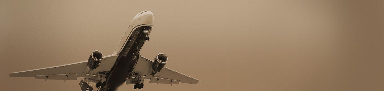section-bg-home-plane-02